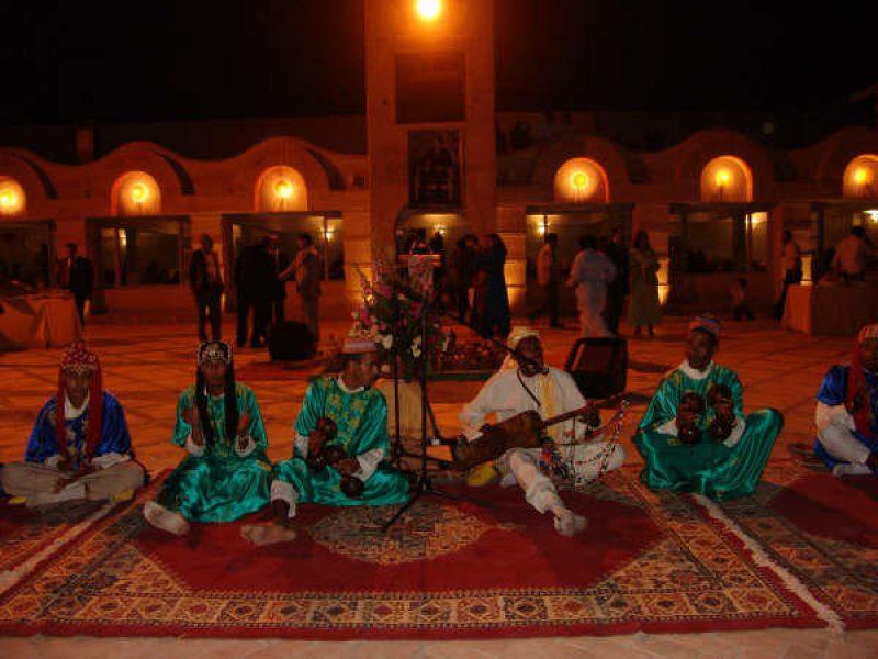morocco-fantasia-showgnawa1532121813