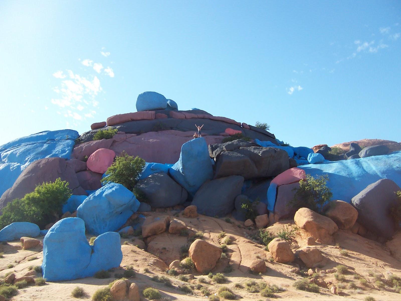 morocco-rochers-peints-tafraout1532103953.JPG